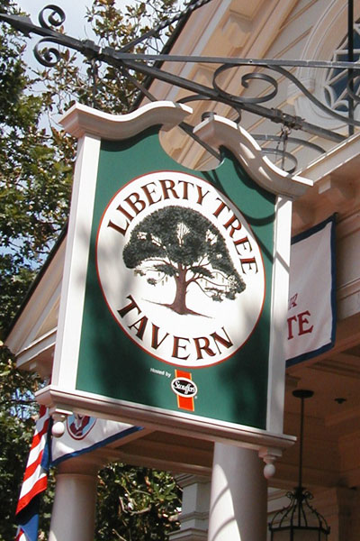 Patriotic Disney Eat At The Liberty Tree Tavern