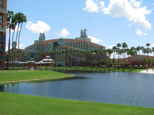 Military Discounts at Walt Disney World Swan and Dolphin