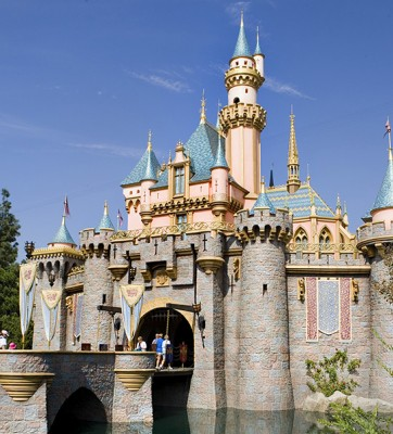 Members of the U.S. military can enjoy great rates at Disneyland Resort hotels for stays most nights January 1 through March 22 and April 9 through December 19,