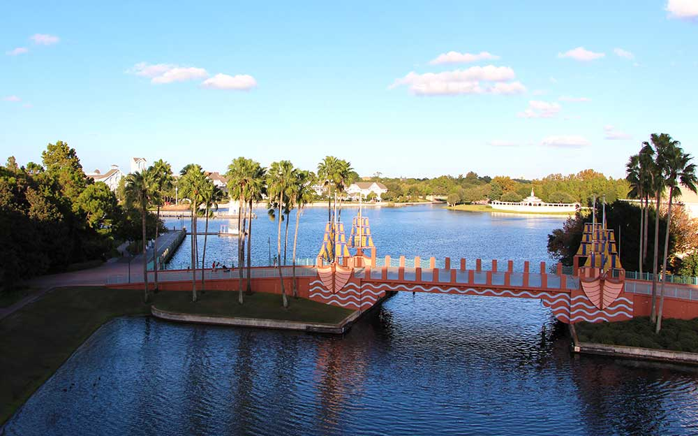 Dolphin-Epcot-View-Room-6th-Floor