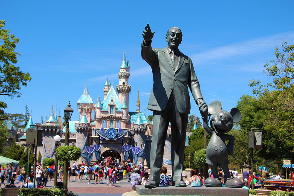Disney Military Discounts for Veterans Who Did Not Retire from the Military