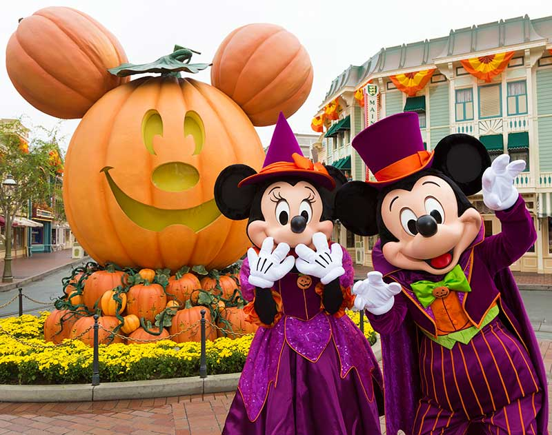 Disneyland Halloween Party (C) Disney