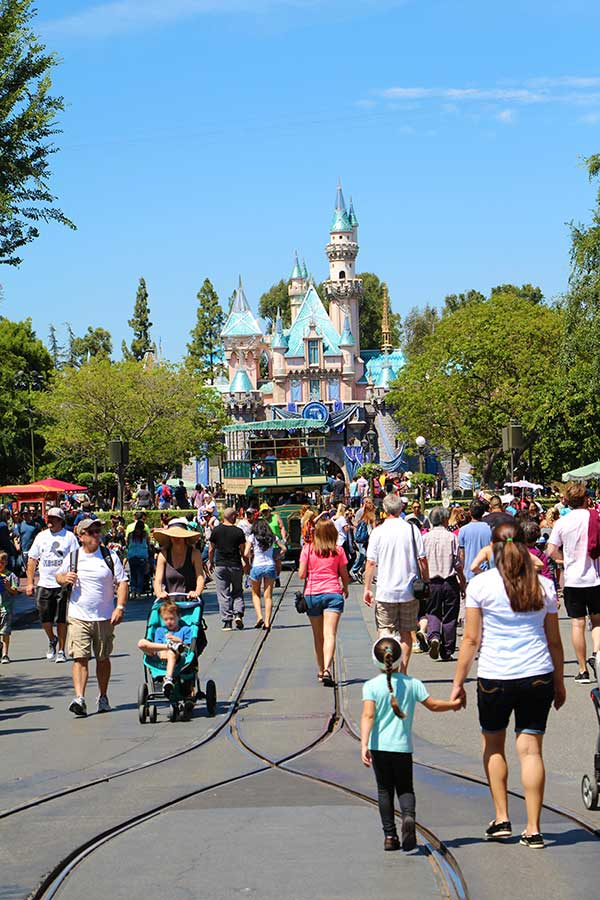 Top 10 Tips for Disney Travel With Kids