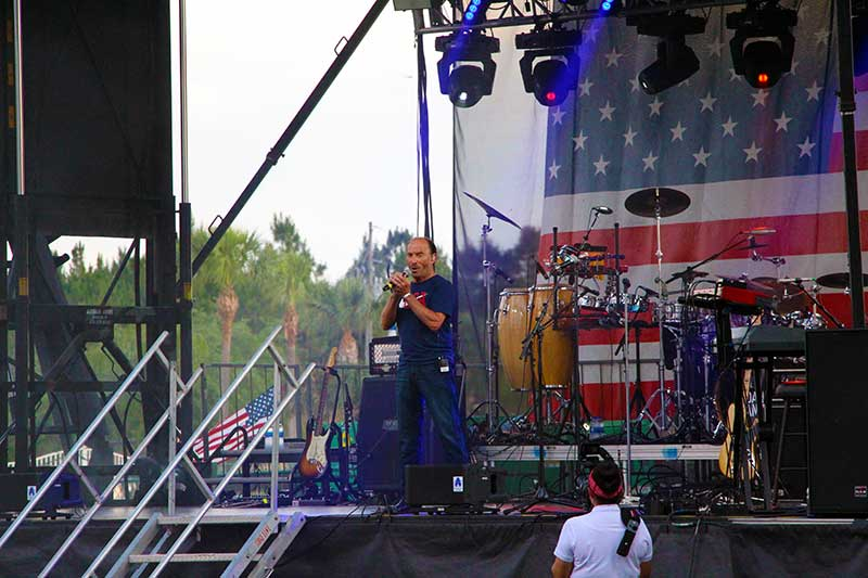 Lee Greenwood Proud to be an American