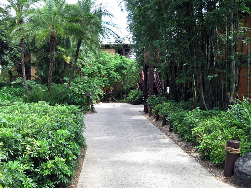 Walk from Shades of Green to Disney's Polynesian Village Resort